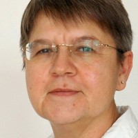 Dr Edith Leisten